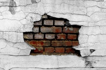 Wall Cracks - Here is What You Need to Do Next!