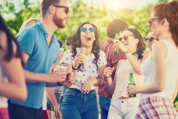 Tips and Tricks for Hosting an Outdoor Party